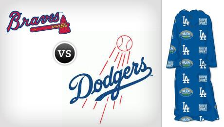 Dodgers Sleeved Blanket Night vs. Atlanta Braves